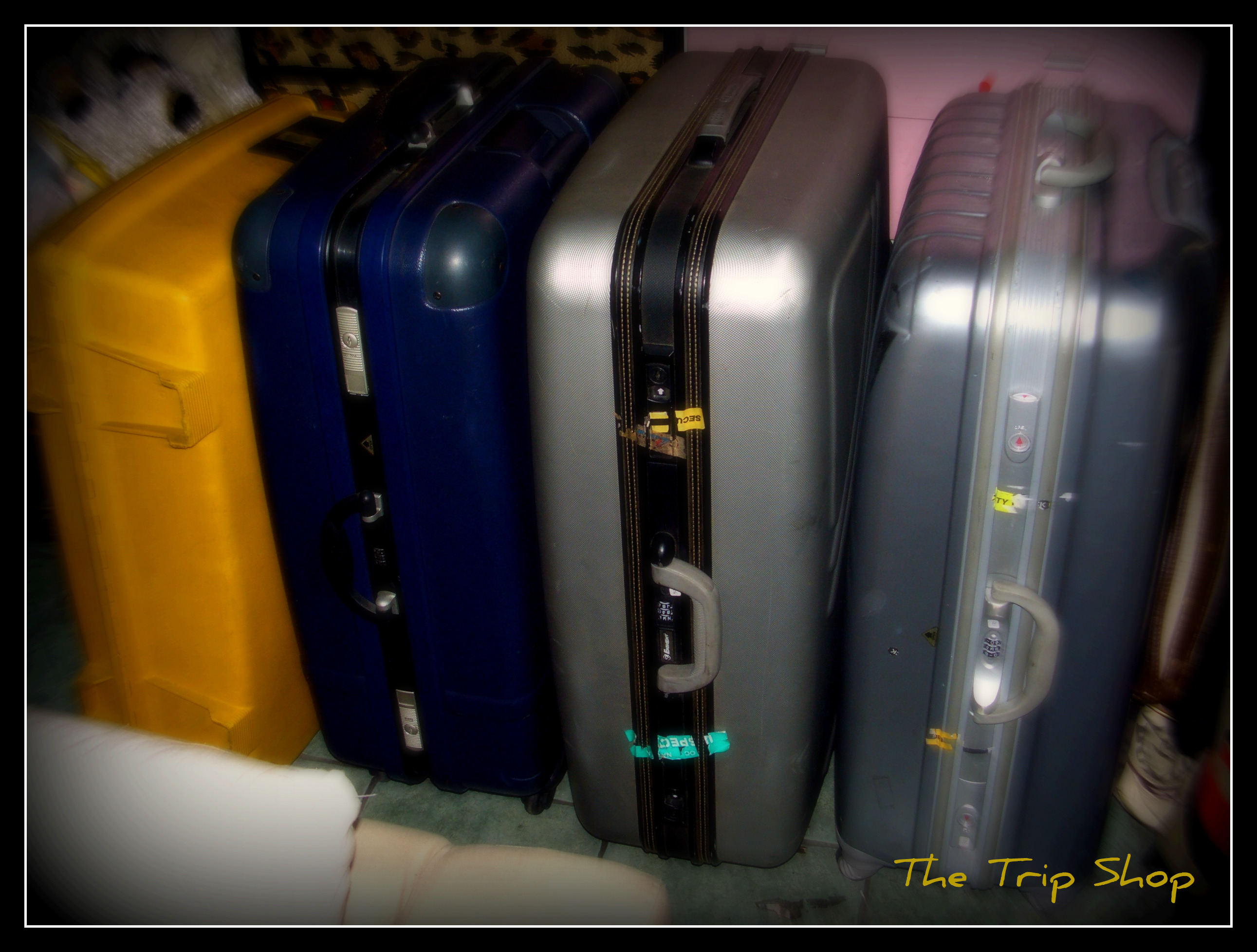 luggages.jpg